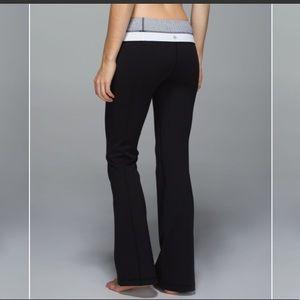 Lululemon Groove Pant Grey & Black Size 6